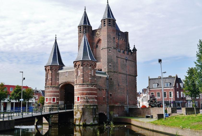 PageLines-Haarlem_Amsterdamse_Poort_04.jpg