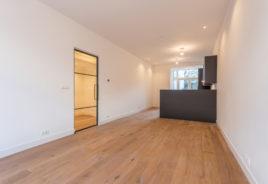 Eetkamer met openkeuken Fultonstraat 22, Den Haag